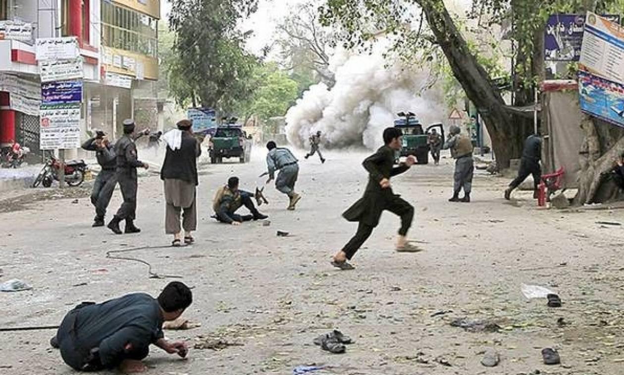 Αφγανιστάν-Επίθεση: Το Ισλαμικό Κράτος ανέλαβε την ευθύνη για την επίθεση αυτοκτονίας στην Καμπούλ