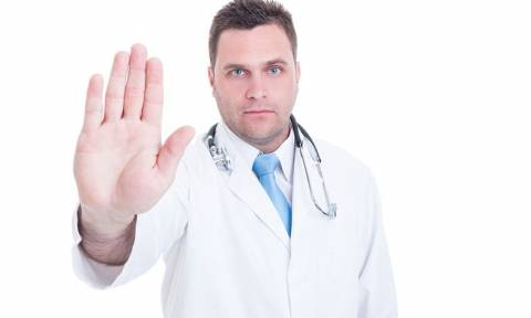 Οι 11 κόκκινες γραμμές των συμβεβλημένων γιατρών του ΕΟΠΥΥ για την Πρωτοβάθμια Υγεία