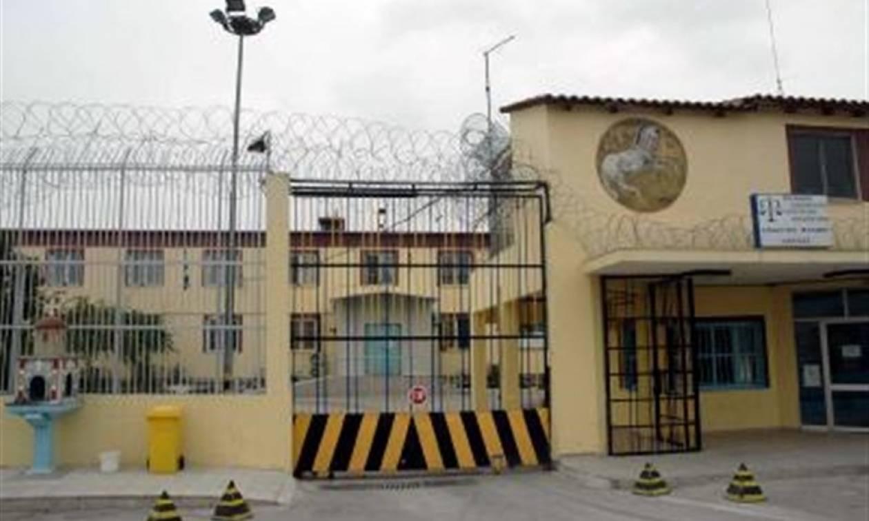 Βόλος: Στις φυλακές της Λάρισας ο 41χρονος αδελφοκτόνος με το τηγάνι