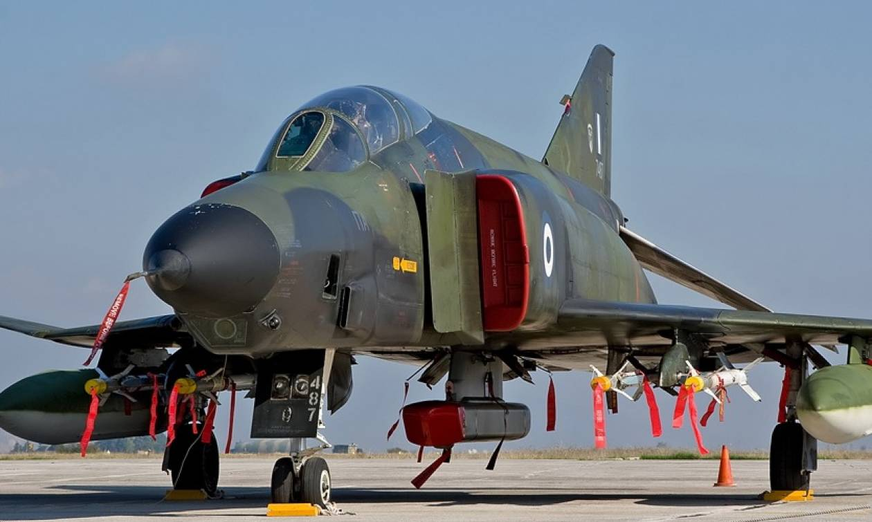 Τα θρυλικά κατασκοπευτικά Φάντομ (RF-4E) αποχαιρετούν τους ελληνικούς αιθέρες (videos)