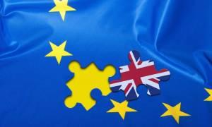 Δεν θα υπάρξει περιορισμός μετακίνησης πολιτών της ΕΕ μετά το Brexit