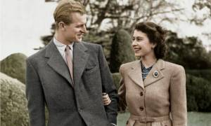 Πρίγκηπας Φίλιππος ο Έλληνας: Το πάθος του για τη βασίλισσα Ελισάβετ και οι παροιμιώδεις γκάφες του