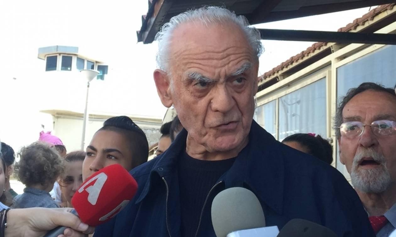 Αποφυλακίστηκε ο Άκης Τσοχατζόπουλος: «Τώρα θα τα πω όλα» (pics+vids)