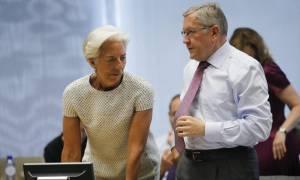 Handelsblatt: Έρχεται πρόταση για το ελληνικό χρέος - Διαψεύδει ο Σόιμπλε