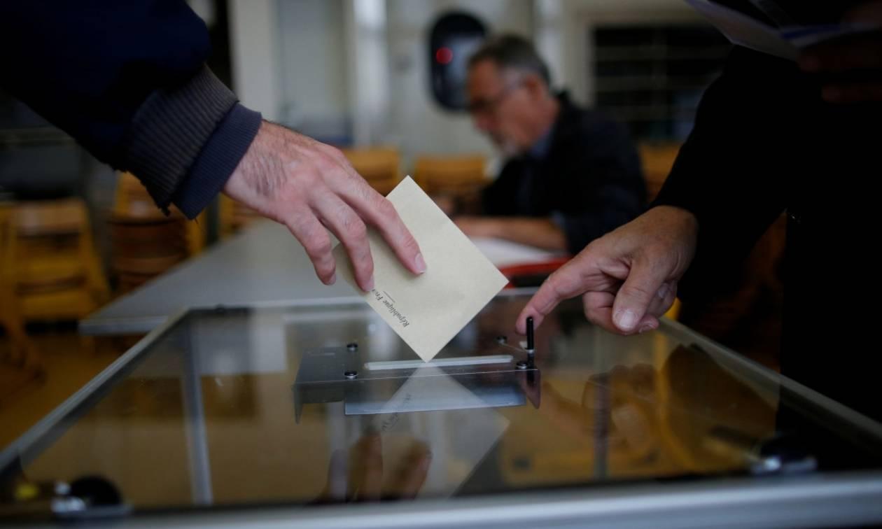 Εκλογές Γαλλία: Αποχή-ρεκόρ προβλέπουν οι δημοσκοπήσεις