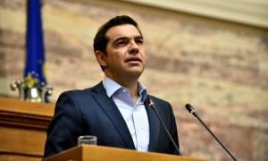 Σε πανικό το Μαξίμου - «Μασάζ» Τσίπρα στους βουλευτές του ΣΥΡΙΖΑ για τα νέα μέτρα