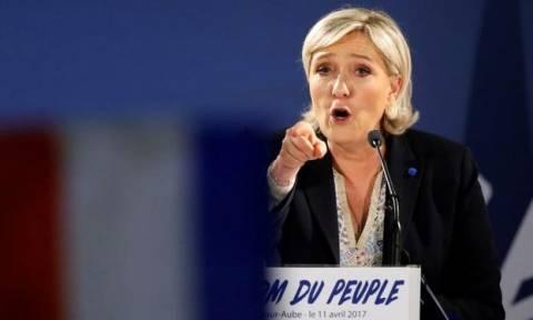 Προεδρικές εκλογές Γαλλία: «Βόμβα» Λεπέν - Καταγγέλλει παρατυπίες στην αποστολή ψηφοδελτίων