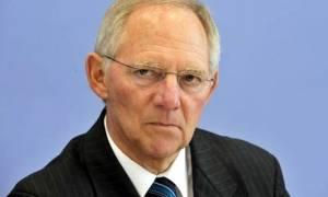 Απειλεί πάλι ο Σόιμπλε: Χωρίς το ΔΝΤ δεν ισχύει το πρόγραμμα για την Ελλάδα