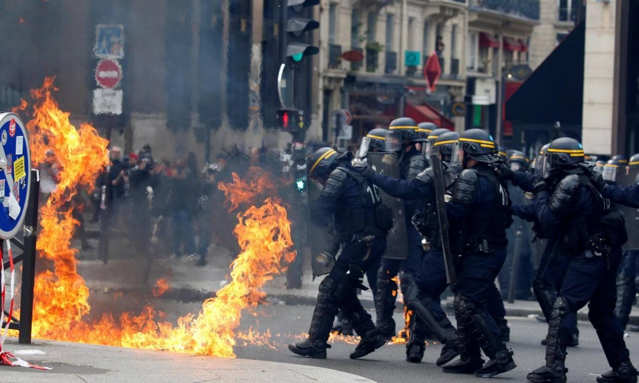 Εκλογές Γαλλία: Σφοδρές συγκρούσεις διαδηλωτών με την αστυνομία (Vid)