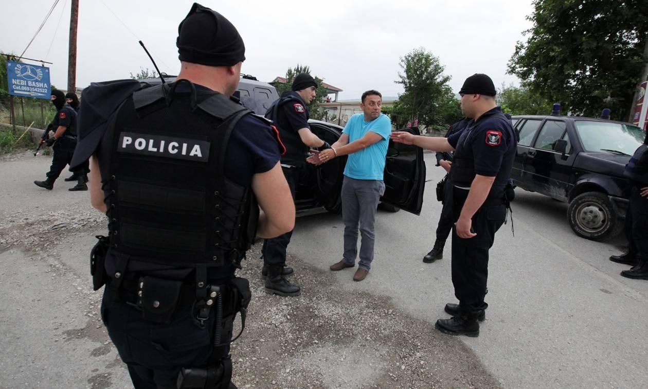 Αλβανοί συνέλαβαν Έλληνα στο αεροδρόμιο – Τον κατηγορούν για κατασκοπεία