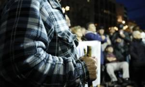 Κυβέρνηση ΣΥΡΙΖΑ-ΑΝΕΛ: «Κόβει» το ΕΚΑΣ άλλων 100.000 χαμηλοσυνταξιούχων!