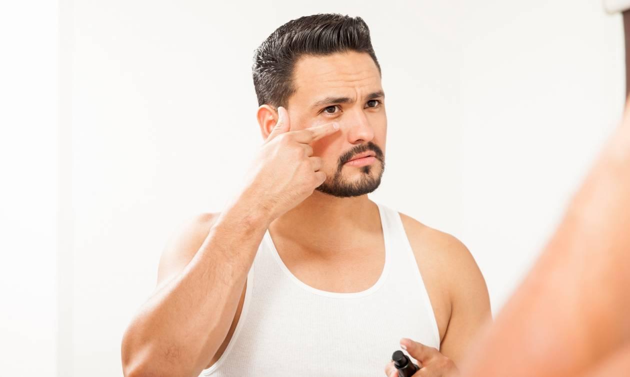 Οι 4 τρόποι για να εξαφανίσεις τις σακούλες κάτω από τα μάτια!