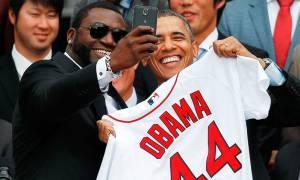 Ο Ομπάμα ομολογεί: «Είμαι δέσμιος των σέλφι»