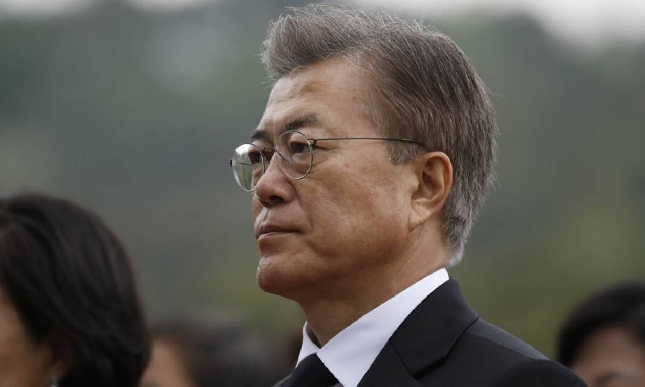 Νότια Κορέα: O Μουν Τζέι-ιν είναι ο νέος πρόεδρος σε μια «διχασμένη» χώρα