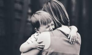 Μητέρα δεν είναι μόνο εκείνη που γεννά ένα παιδί... αλλά και εκείνη που το μεγαλώνει