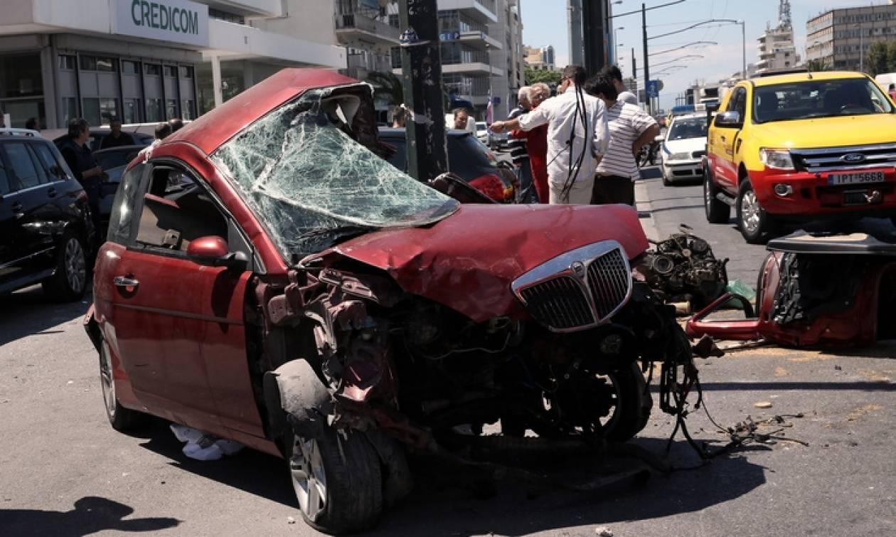 Θανατηφόρο τροχαίο στη Λ. Συγγρού: Νεκρός ο οδηγός του μοιραίου οχήματος (vid)