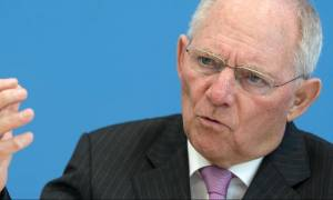 Κυνική παραδοχή από Σόιμπλε: Ήθελα την Ελλάδα εκτός ευρώ