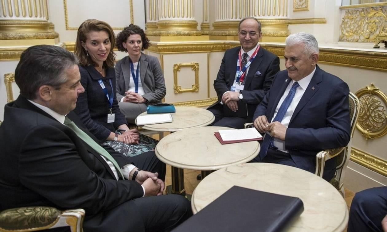 Γκάμπριελ - Γιλντιρίμ: Επιθυμούμε να βελτιωθούν οι σχέσεις Γερμανίας - Τουρκίας