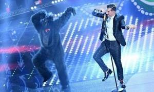 Eurovision 2017- Ιταλία: Δείτε ποιος κρύβεται κάτω από τη μάσκα του γορίλα για το Occinentali Karma