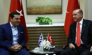 Ερντογάν σε Τσίπρα: Να υλοποιηθεί πλήρως η συνθήκη της Λωζάνης