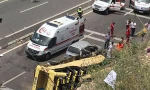 Τουρκία: Πολύνεκρο τροχαίο με τουριστικό λεωφορείο – Πάνω από 17 νεκροί και 13 τραυματίες