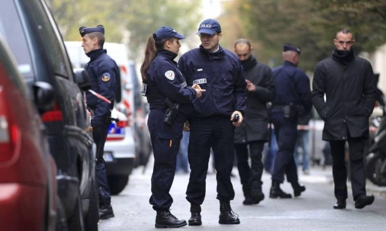 «Αστακός» το Παρίσι ενόψει των εκδηλώσεων παράδοσης της εξουσίας από τον Ολάντ στον Μακρόν