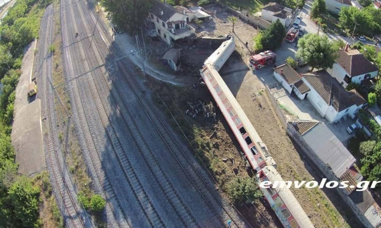 Τραγωδία στη Θεσσαλονίκη με εκτροχιασμό τρένου: Απολογισμός με 2 νεκρούς και 7 τραυματίες