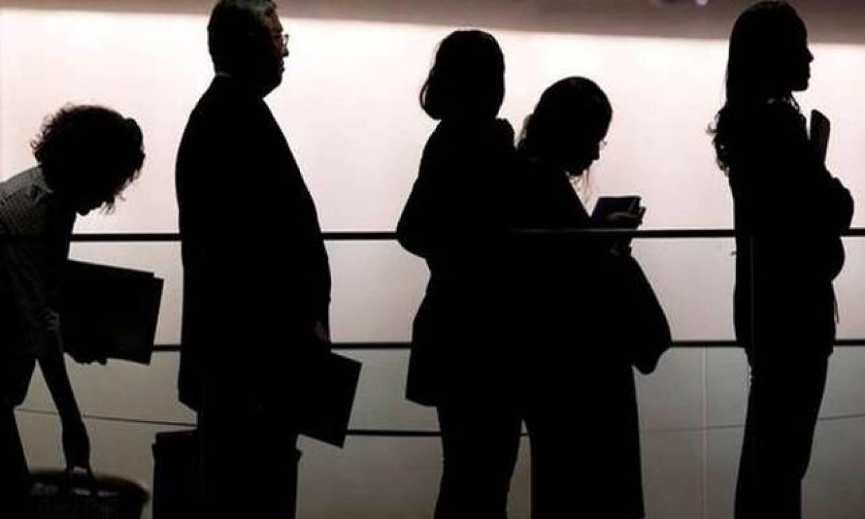 Δικαστές και δικηγόροι: Με το νέο μνημόνιο απελευθερώνονται οι ομαδικές απολύσεις