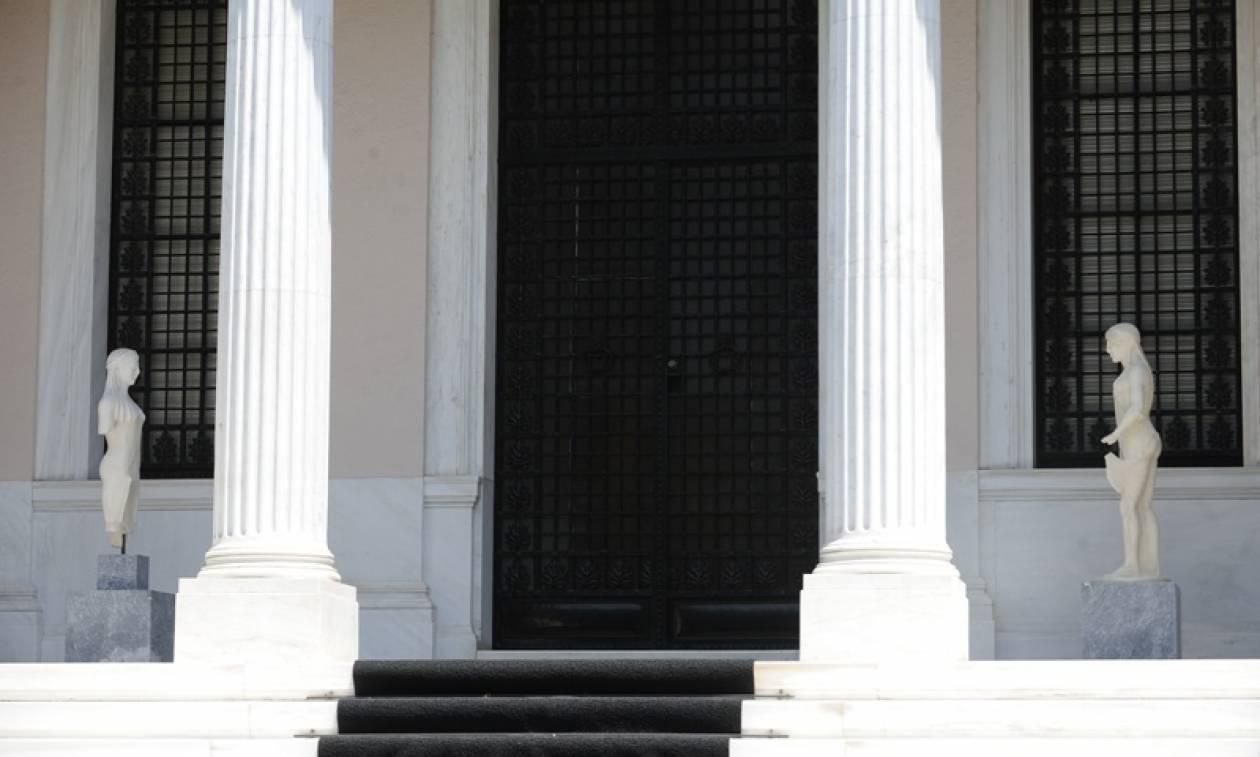 Νέο αφήγημα Μαξίμου: Χωρίς το ΔΝΤ δεν θα εφαρμοστούν τα νέα μέτρα