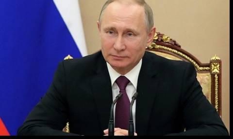 Владимир Путин отказался озвучить свое решение об участии в выборах