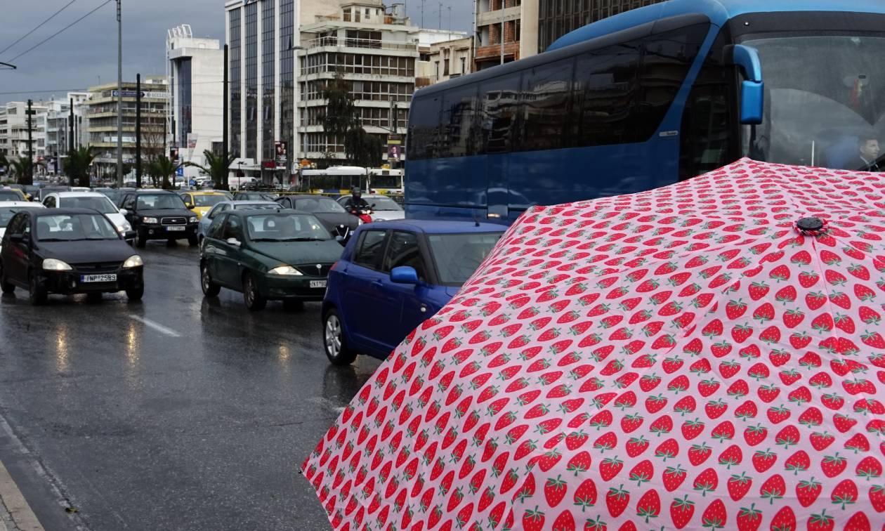 Καιρός - Καλλιάνος: Μετά το μίνι καύσωνα, βροχές και καταιγίδες θα σαρώσουν τη χώρα