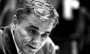 Χαμός στη Βουλή: Τα ψέματα, οι... παντελονάτοι και το βαρύ Μνημόνιο