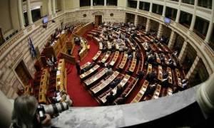 Βουλή LIVE: Η συζήτηση του πολυνομοσχεδίου στην Ολομέλεια