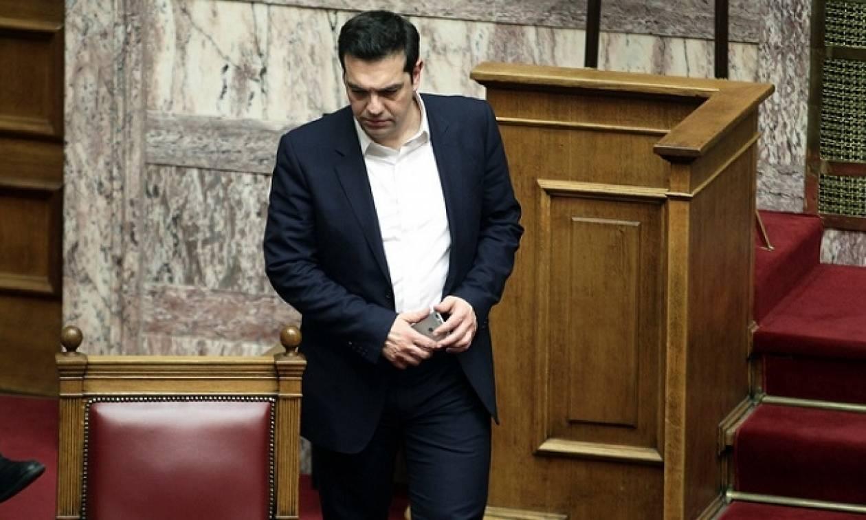 Βουλή: Αιφνιδίως στην Ολομέλεια ο Αλέξης Τσίπρας