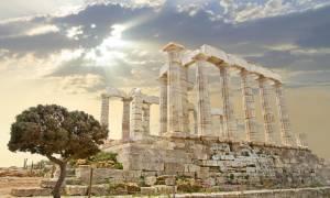 «Έκρηξη» του ελληνικού τουρισμού φέτος το καλοκαίρι - «Πατώνουν» Τουρκία και Ισπανία