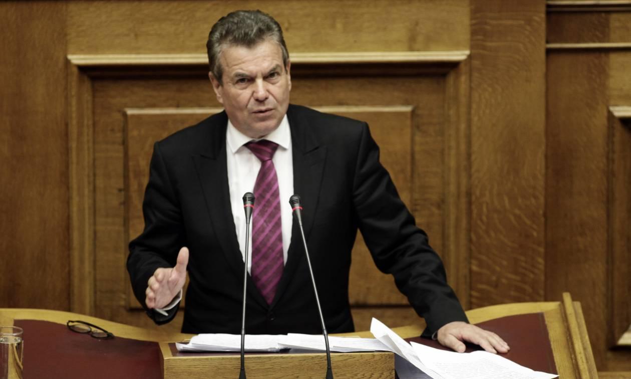 Ψηφίζουν Μνημόνιο κι ο Πετρόπουλος θριαμβολογεί: Η δική μας πολιτική εμπόδισε την κατάρρευση