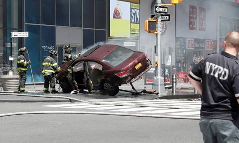 One dead after car plows into pedestrians at New York's Times Square