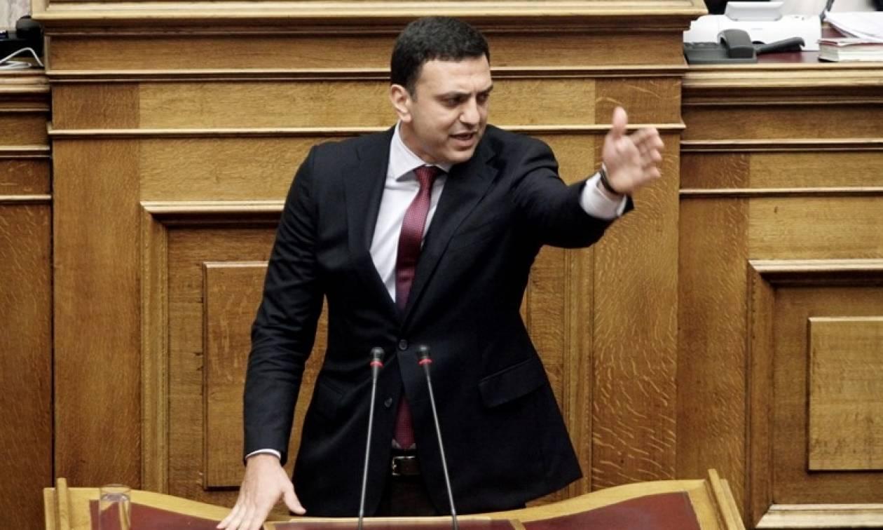 Κικίλιας: Ο Τσίπρας δεν προλαβαίνει να υπογράφει μνημόνια