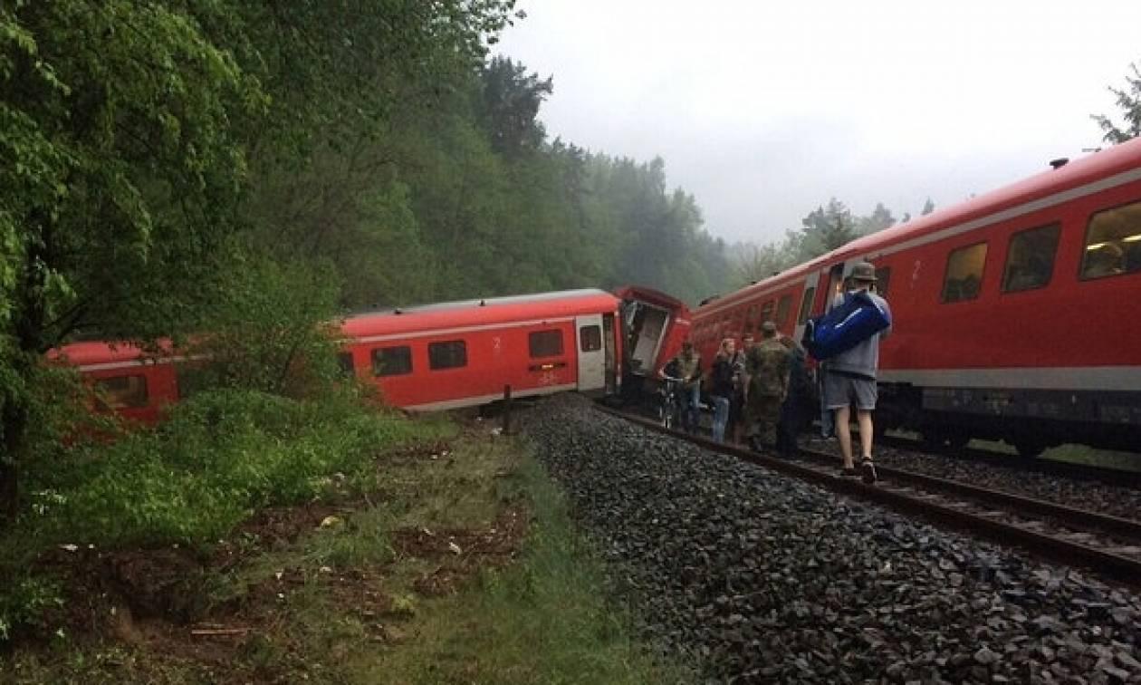 Γερμανία: Εκτροχιασμός τρένου - Τουλάχιστον οκτώ τραυματίες