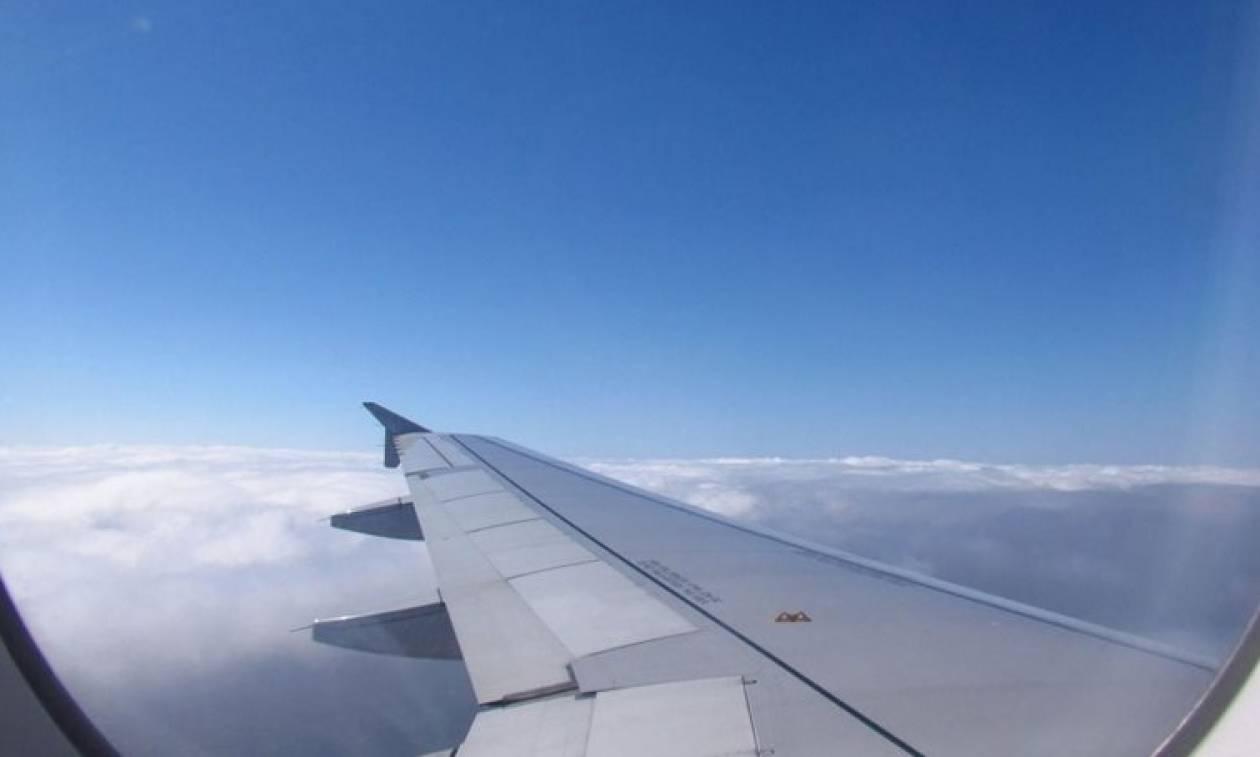 Τρόμος σε πτήση για Ηράκλειο - Λιποθύμησε πριν την προσγείωση