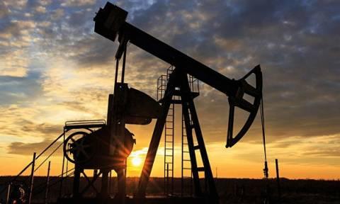 Цена нефти марки Brent впервые за месяц превысила 54 доллара за баррель