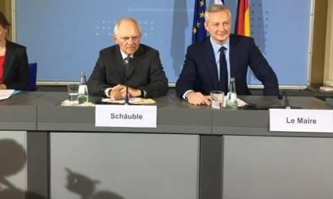 «Τορπίλη» Σόιμπλε πριν το Eurogroup: Δεν θα υπάρξει τώρα λύση για το χρέος