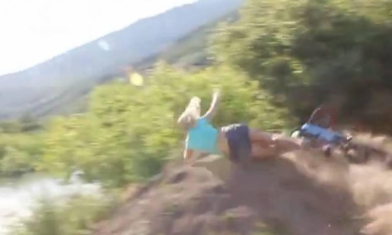 Σοκαριστικό ατύχημα κοπέλας που επιχείρησε άλμα με ποδήλατο και κατέληξε σε... (Video)