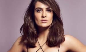 Salma Hayek: Με αυτή την απόχρωση στα μαλλιά της σίγουρα δεν την έχουμε ξαναδεί