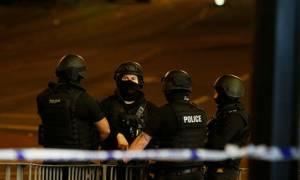 Έκρηξη Manchester: Αναστέλλεται η προεκλογική εκστρατεία από όλα τα βρετανικά κόμματα