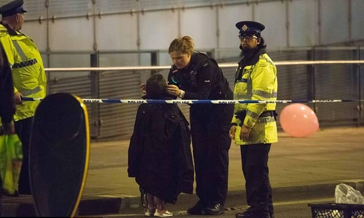 Έκρηξη Manchester: Συγκλονίζουν οι μαρτυρίες - «Το αίμα, ο ήχος, τα ανθρώπινα κομμάτια...»