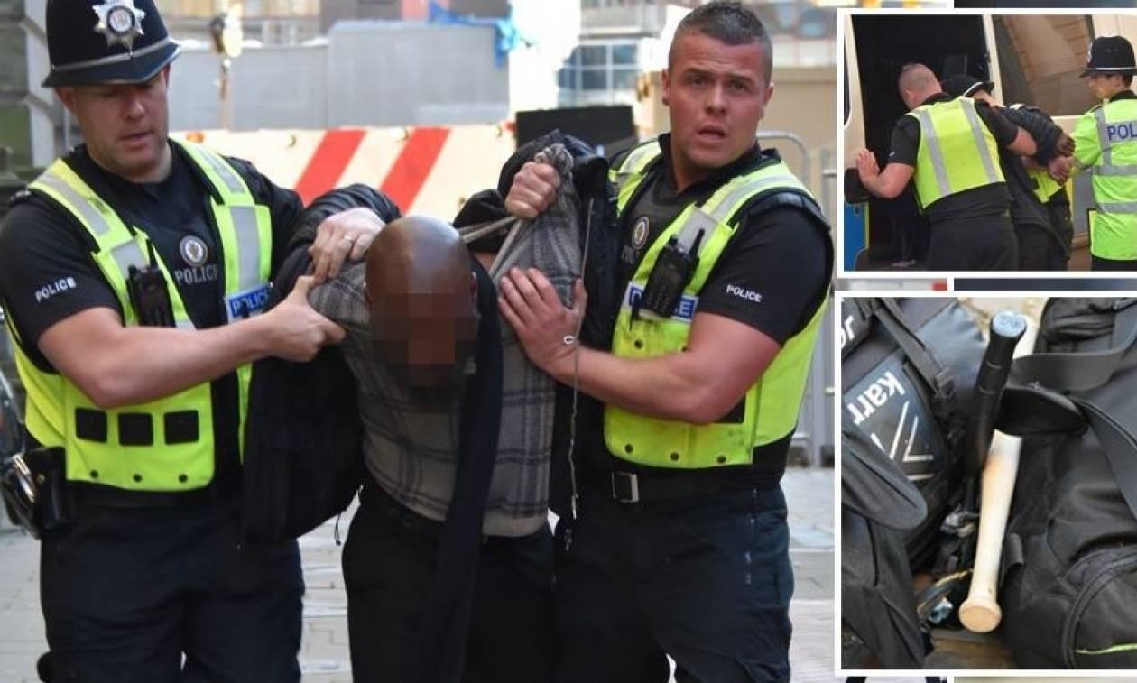 Πανικός στο Μπέρμιγχαμ: Εντοπίστηκε άντρας με μαχαίρι και ρόπαλο (vid)