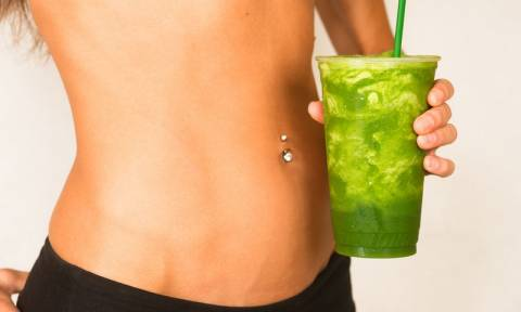 Θέλεις επίπεδη κοιλιά; Φτιάξε αμέσως αυτό το απολαυστικό smoothie!