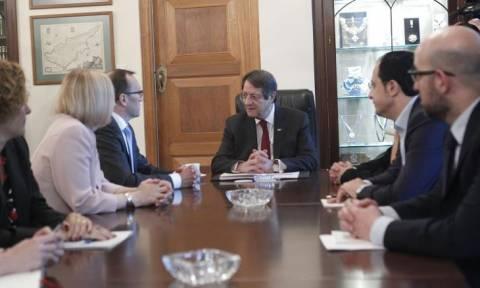 На Кипре проходит встреча Никоса Анастасиадиса и Эспена Барта Эйде
