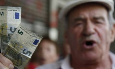 Τινάζουν στον «αέρα» την προσωπική διαφορά των νέων συνταξιούχων!